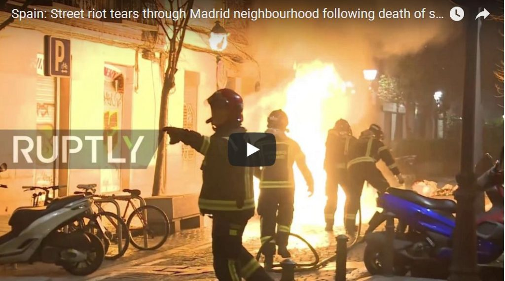 RAW: Violent African Migrants Rampage In Madrid