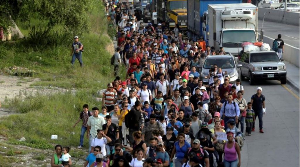 Invading Migrant Army Grows To 4,000 … Mexico Sends 500 Federal Police To Block Entry