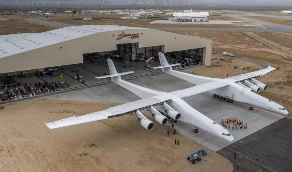 World's largest and most unique plane just flew for the first time (photos, video)…