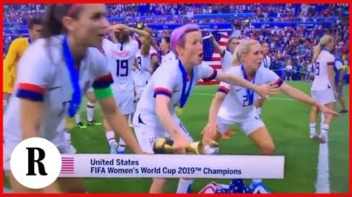 Allie Long tosses U.S. flag to the ground celebrating with Megan Rapinoe – Kelly O'Hara rescues flag…