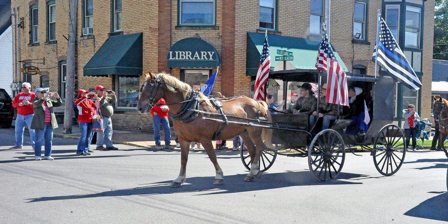 Amish Trump Parade!